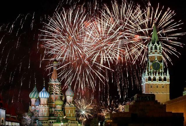 Fuegos Artificiales, año nuevo 2014, Moscú, Rusia