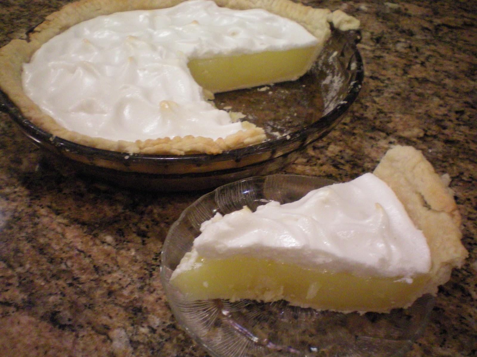 Miss Allie Jane: Homemade Lemon Meringue Pie