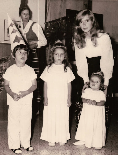 Lucia Party in Madras, Stina, Susanna, Jaajoo, Joanna and me, 1972
