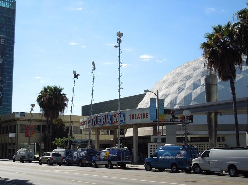 Media circus Cinerama Dome