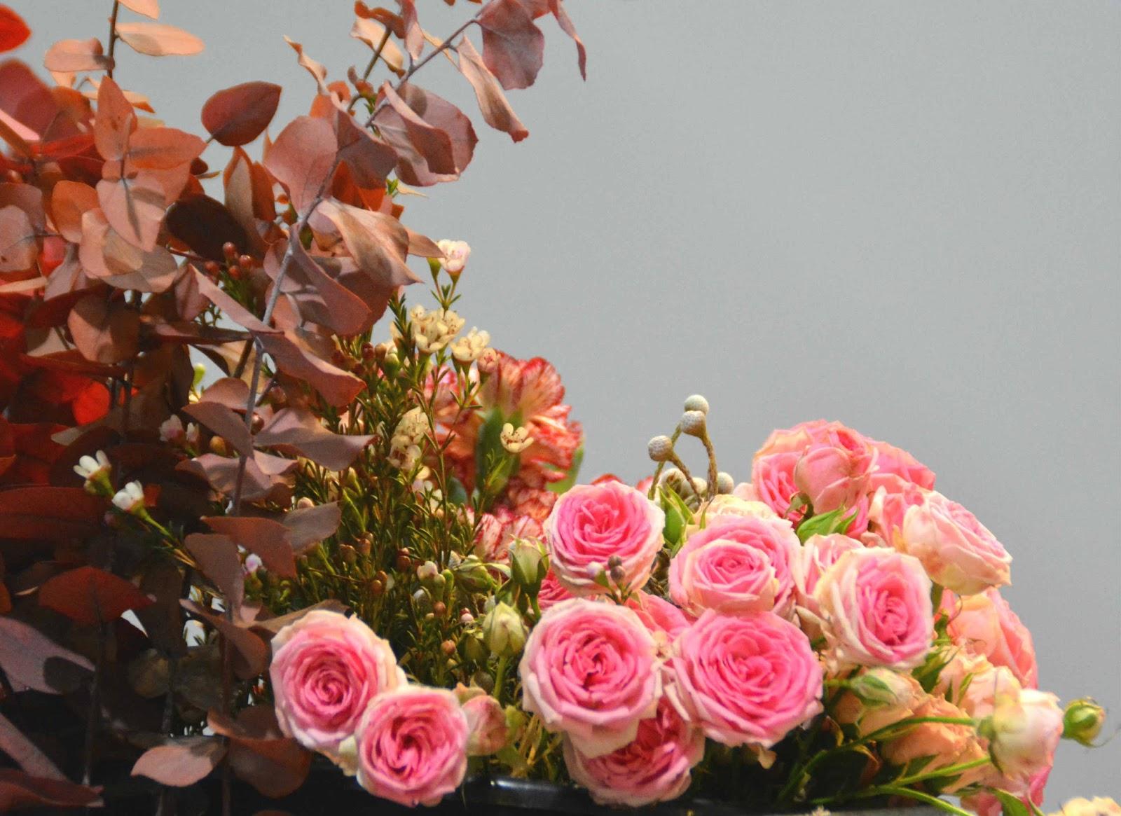 diy bracelet feuri avec fleurs de mars au salon du mariage de bordeaux autour de cia. Black Bedroom Furniture Sets. Home Design Ideas