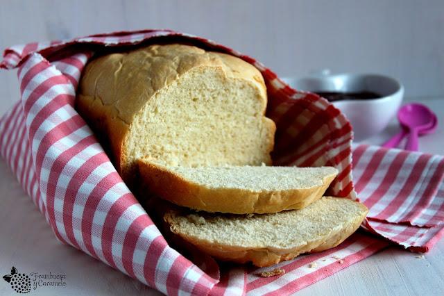 Pan blanco panificadora
