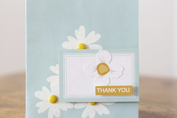 Amy Tsuruta Chickaniddy Crafts Color Challenge Card close-up