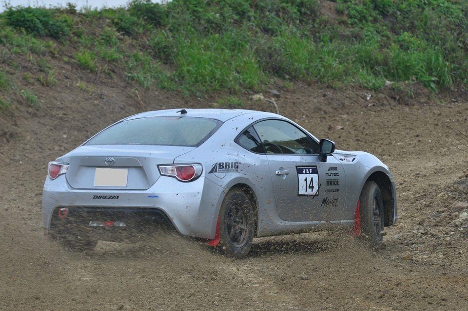 Toyota GT86, najlepsze nowe samochody do sportu, driftingu, japońska motoryzacja, wyścigi, JDM, ラリー、レース、自動車競技