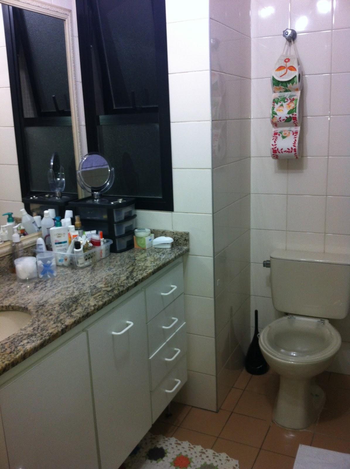 qual o visual do banheiro considero meu banheiro arejado e #434960 1195x1600 Banheiro Com Azulejo Ate A Metade