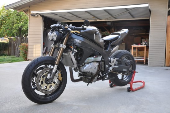http://hydro-carbons.blogspot.com-HONDA-RC51-RVT1000R-STREET+FIGHTER+CUSTOM+MOTORCYCLE-hy