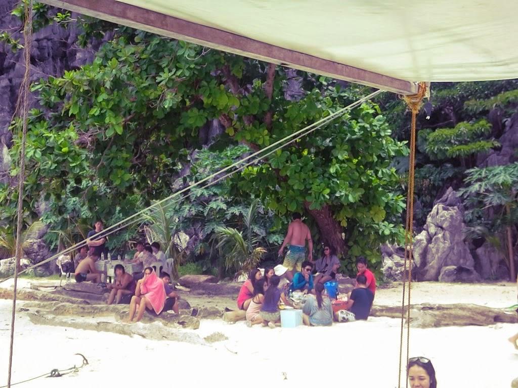 Simizu beach El Nido