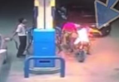 Destruyendo una gasolinera