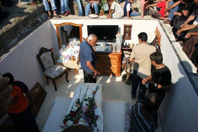 Κηδεία μεγαλοτσιγγάνας: Δε νομίζω ότι έχετε ξαναδεί κατι τέτοιο!!!