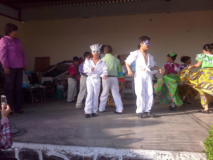 ANIVERSARIO DE LA ESCUELA 2012