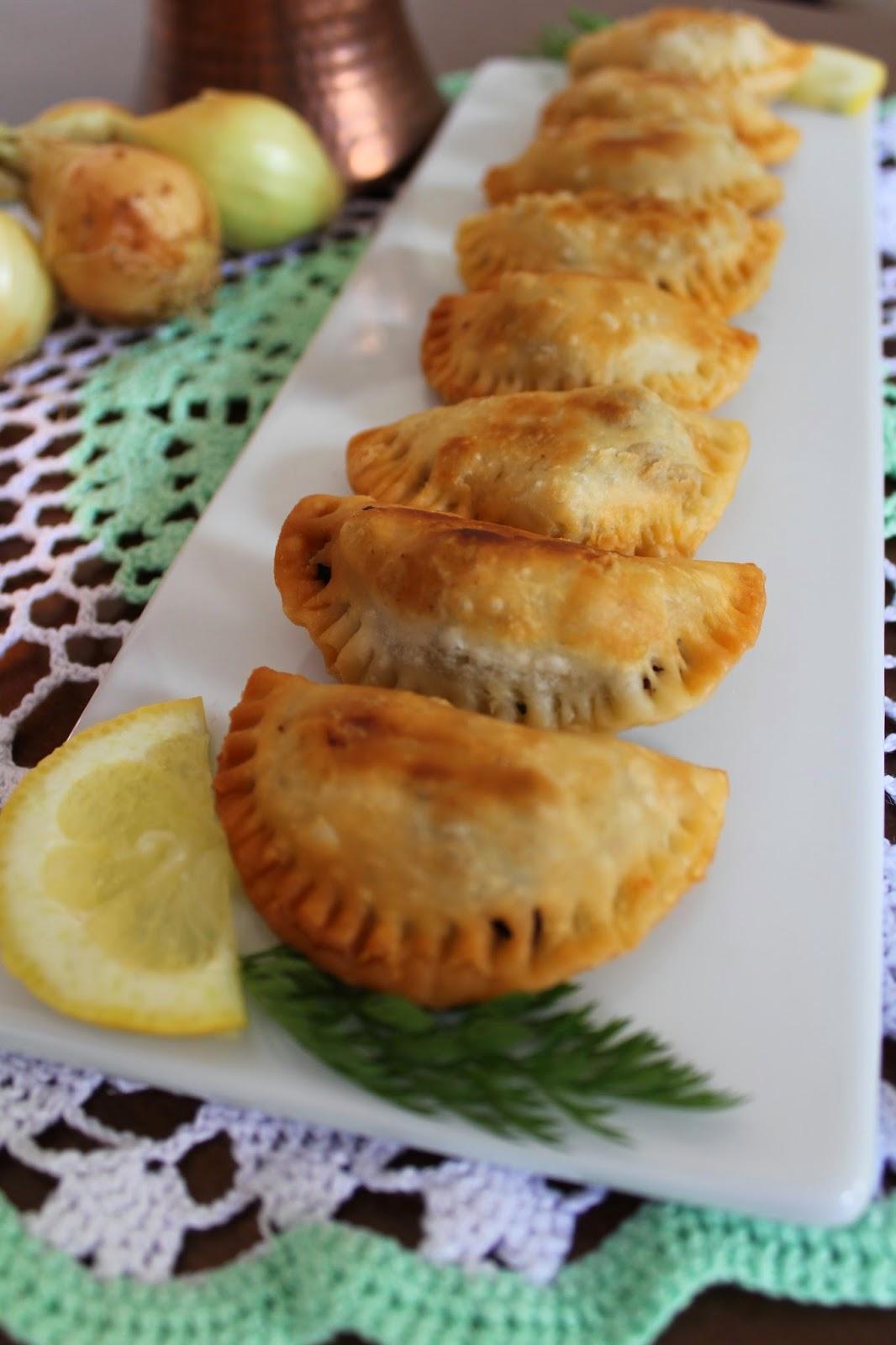 empanadillas-carne-picada-y-piñones