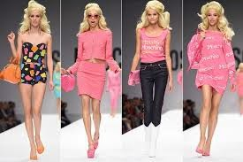 Moschino barbie desfile