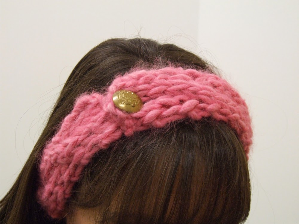 Chunky Cable Knit Headband Pattern : Meg the Maker: First post and free pattern for cable knit headband from super...