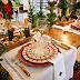 Arranjos de mesas e aparadores coloridos para o Natal