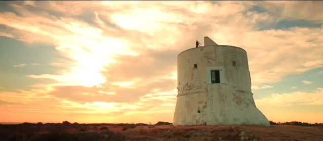 Still shot from the official music video to Biagio Antonacci's Non Vivo Più Senza Te, filmed at the Torre di Lido Pizzo.