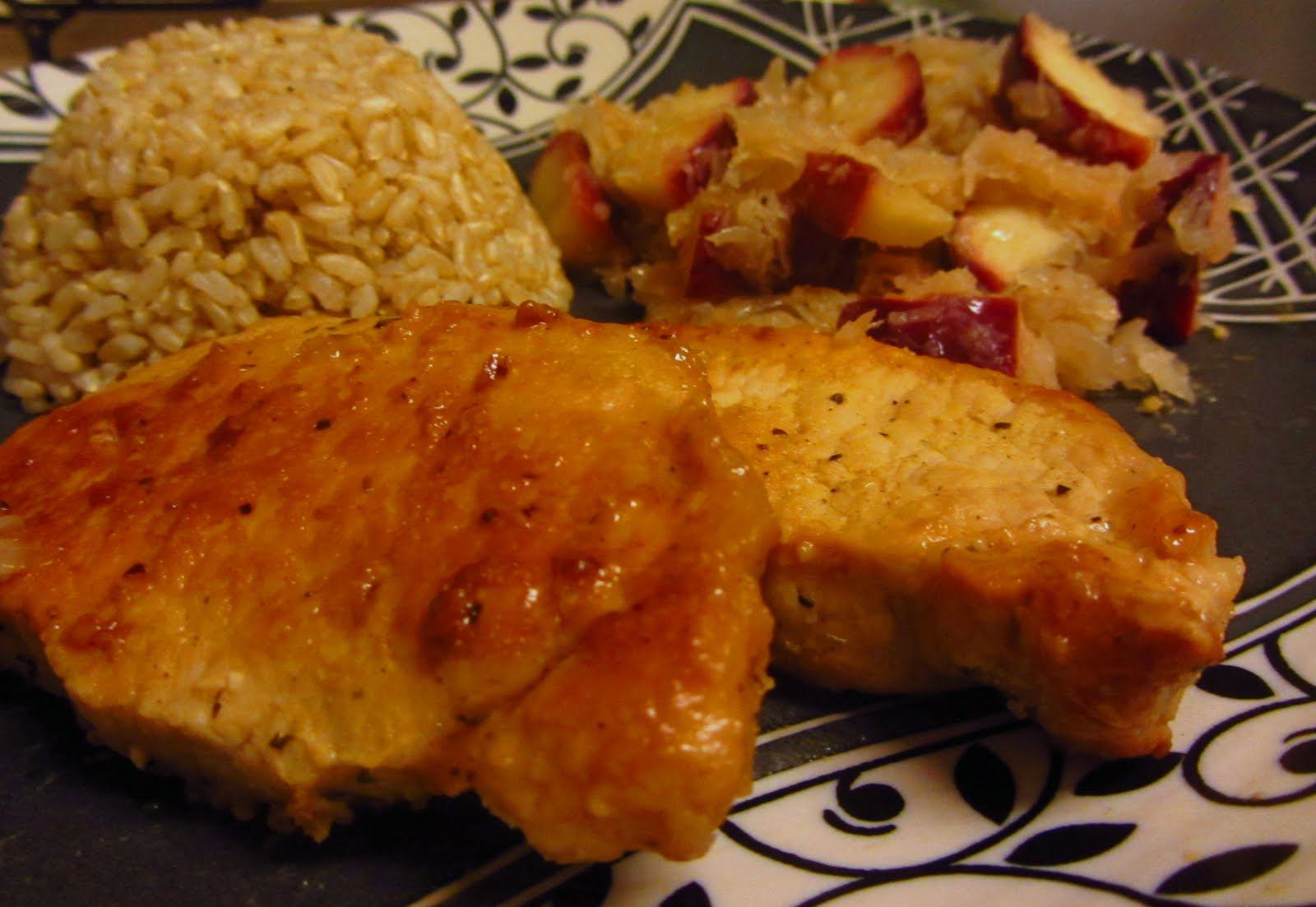 Kat's Town: Orange marinaded pork chops with red apple ...