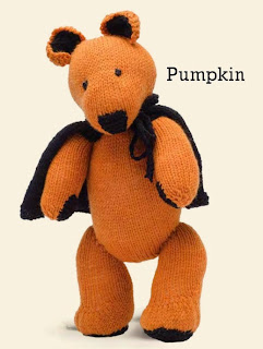 http://media.blacksheepwools.com/media/wysiwyg/free-patterns/pumpkin_bear.pdf
