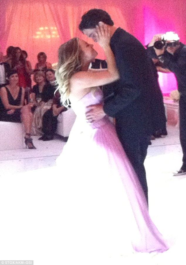 A Pink Wedding Gown And Chandelier Cake Kaley Cuoco And