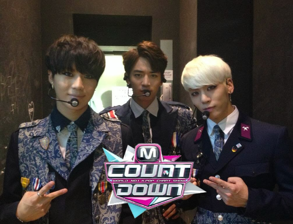 Shinee comeback stage