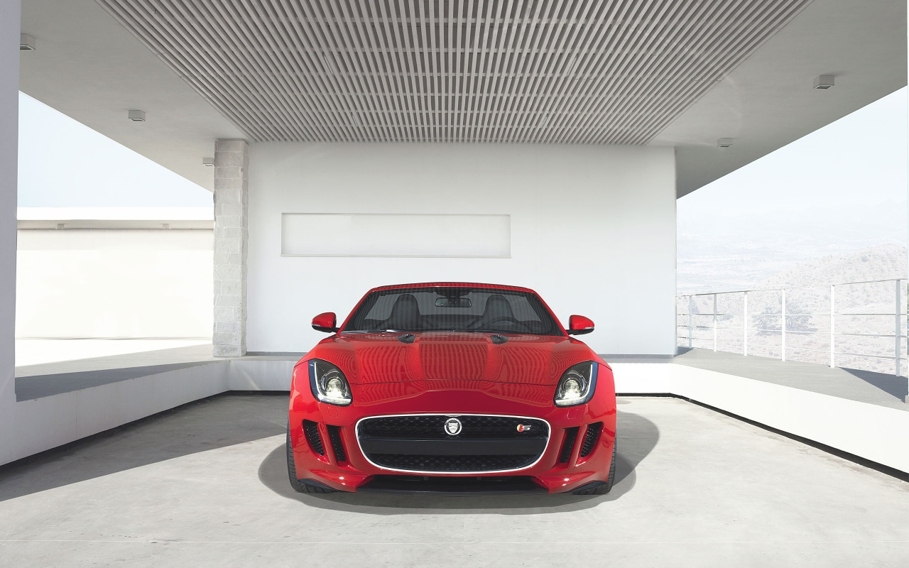 Jaguar F Type 2