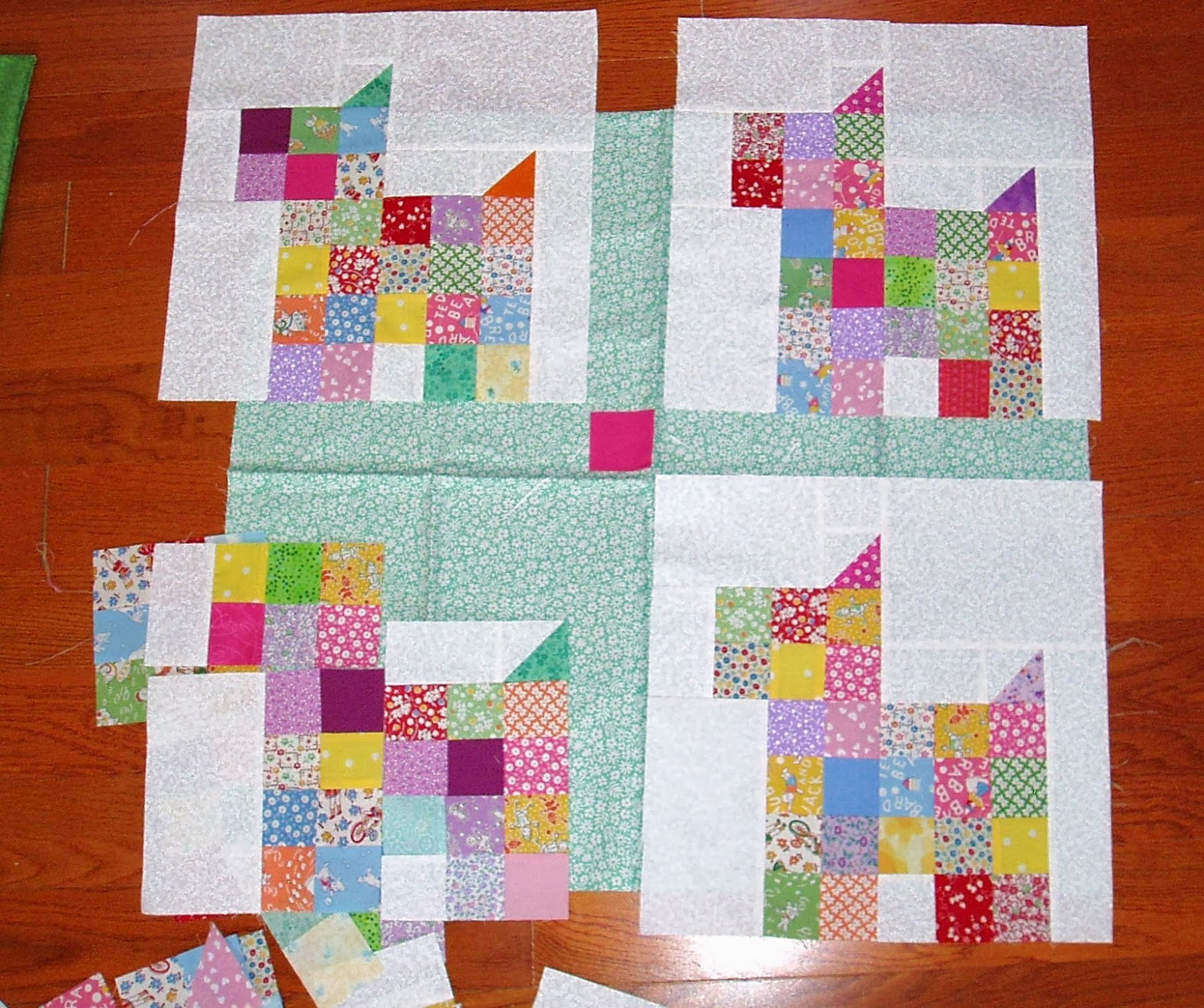 Quilt Pattern For Scottie Dog : Sunshine in the Attic: Quilted patchwork Scottie Dogs