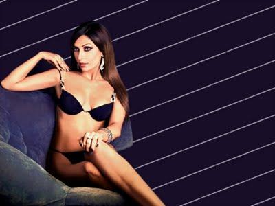 Bikini girl Pooja Mishra