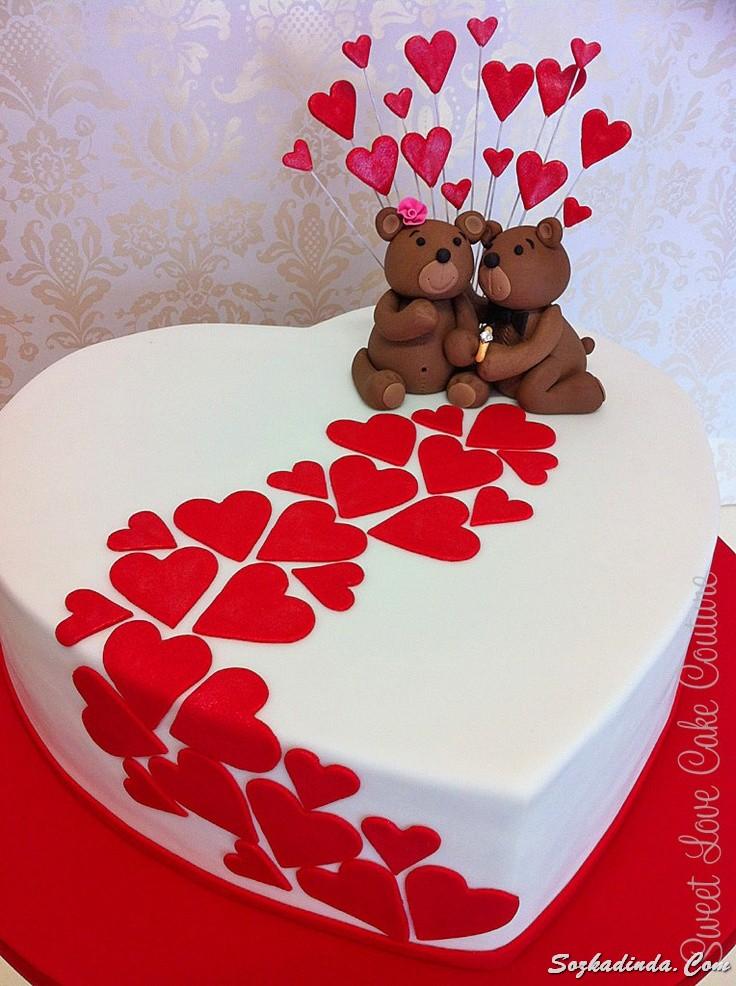 Торт с фото в виде сердца