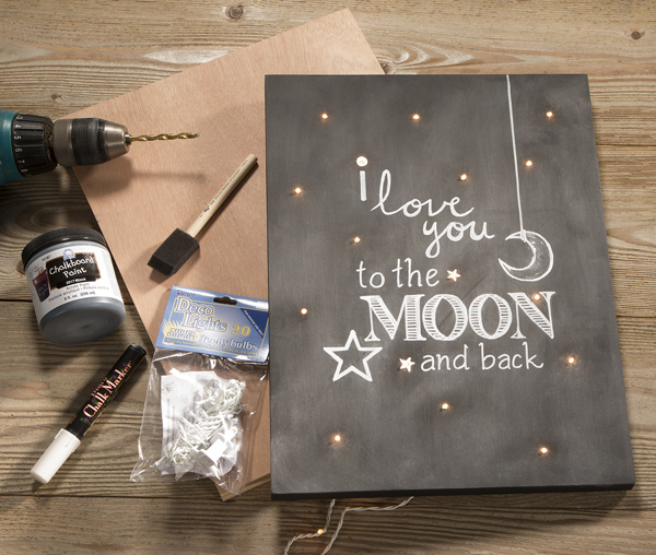 Love You to the Moon and Back Wall Art @craftsavvy @sarahowens #craftwarehouse #chalkboard #diy #art #marquee #lights