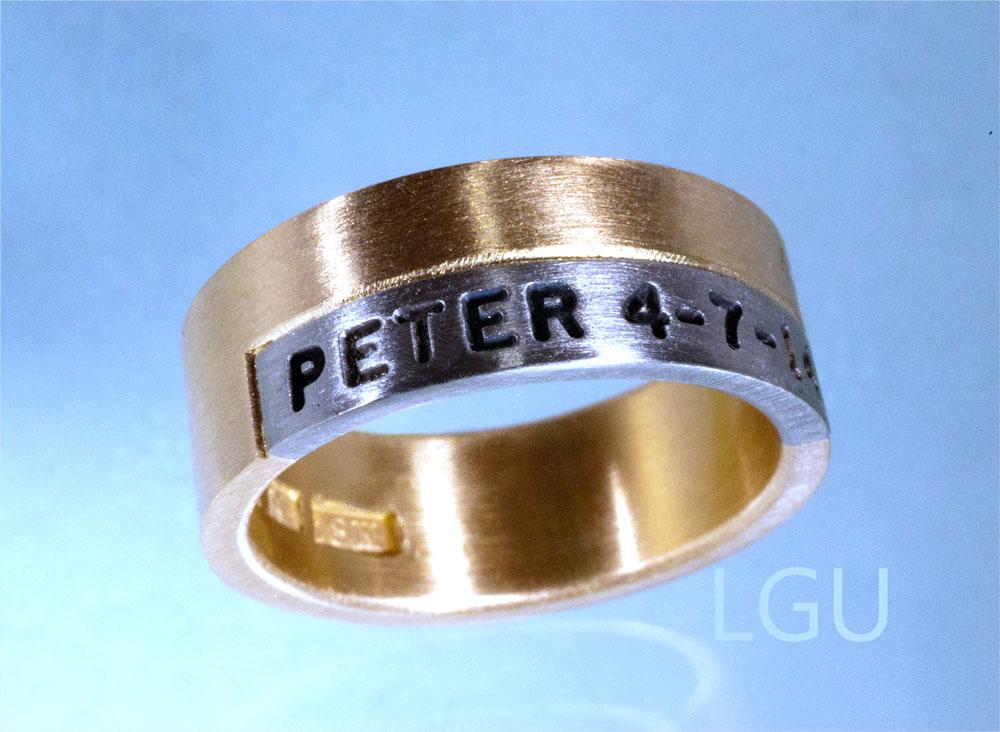 Vigsel förlovningsring i guld eller silver med namn