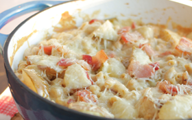 Bacon and Pear Macaroni and Cheese