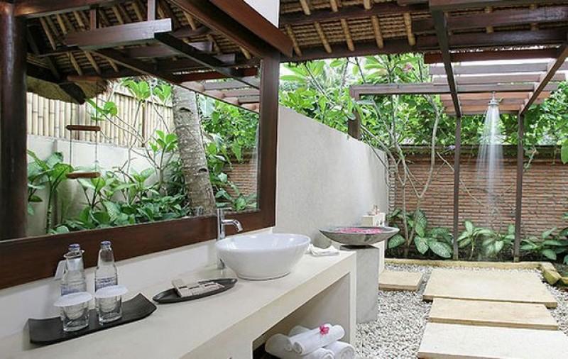 Divinos diseños de baños al aire libre | La Jirafa Rosada