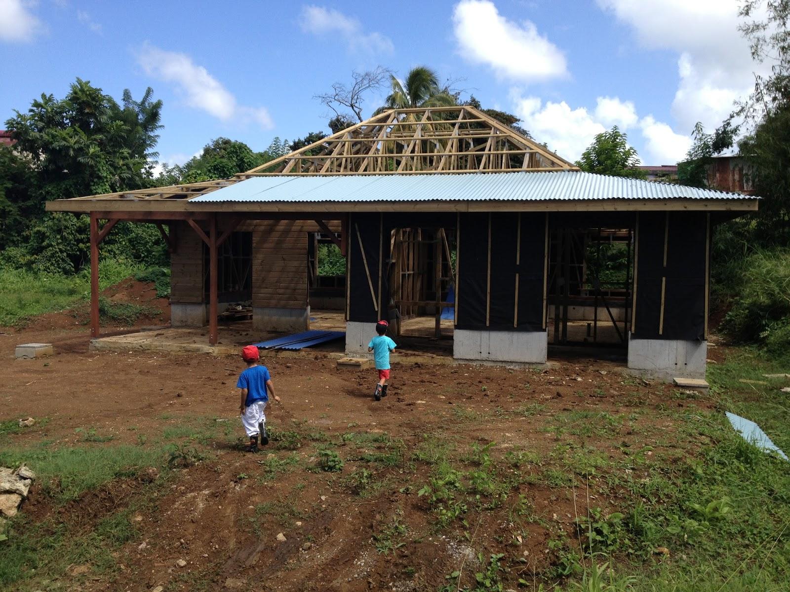 Toiture (enfin) Construire Maison Créole en Martinique # Maison En Bois Martinique