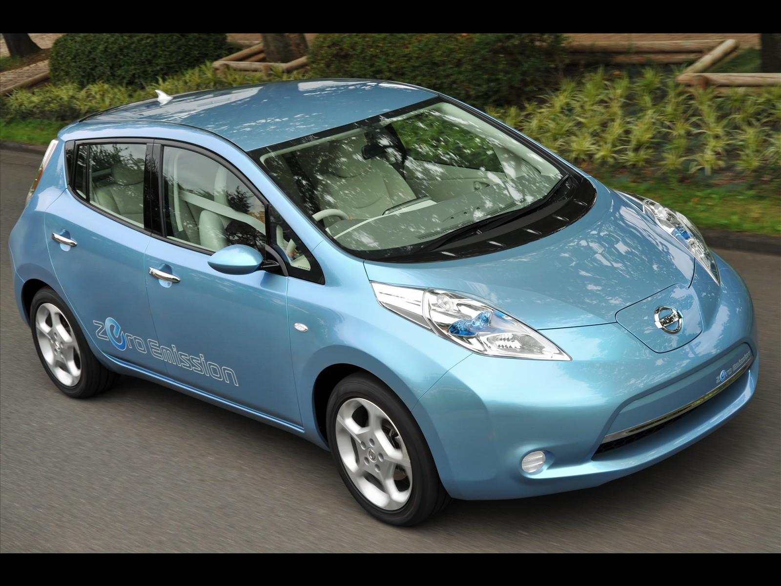 Car Pictures Nissan Leaf 2011