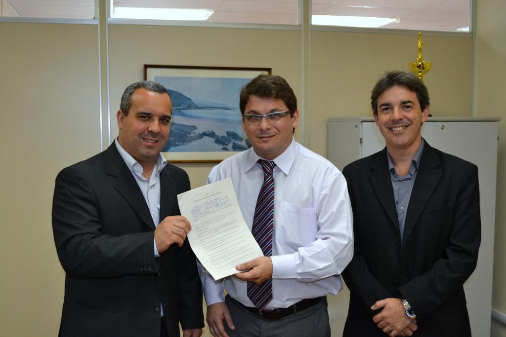 (da esquerda para a direita) O presidente da Câmara, Maurício Lopes, o coordenador do Núcleo de Ações de Prevenção da CGU Marcelo Ambrózio e o Ouvidor da Câmara Alexandre Paim.
