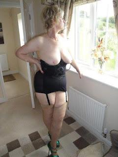 Casual Bottomless Girls - rs-14-795578.jpg