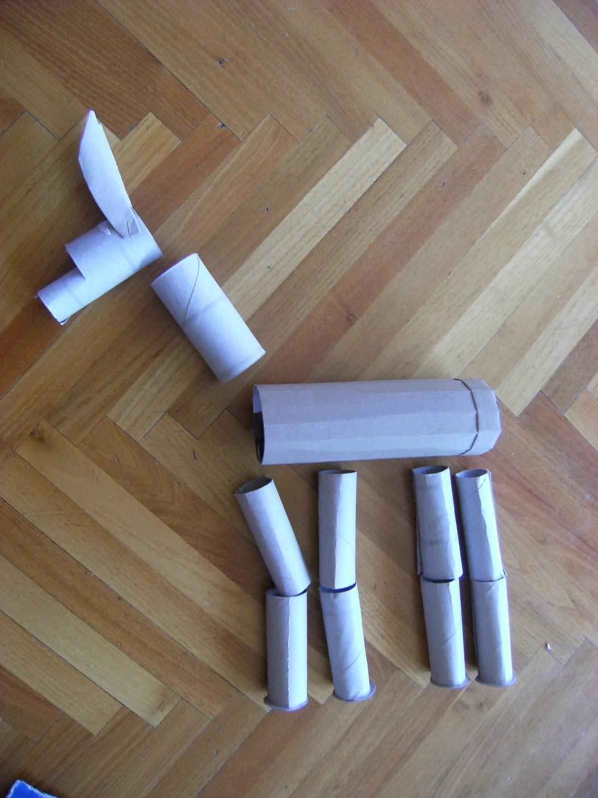Mamma sara ha fatto un marionette a filo facili i