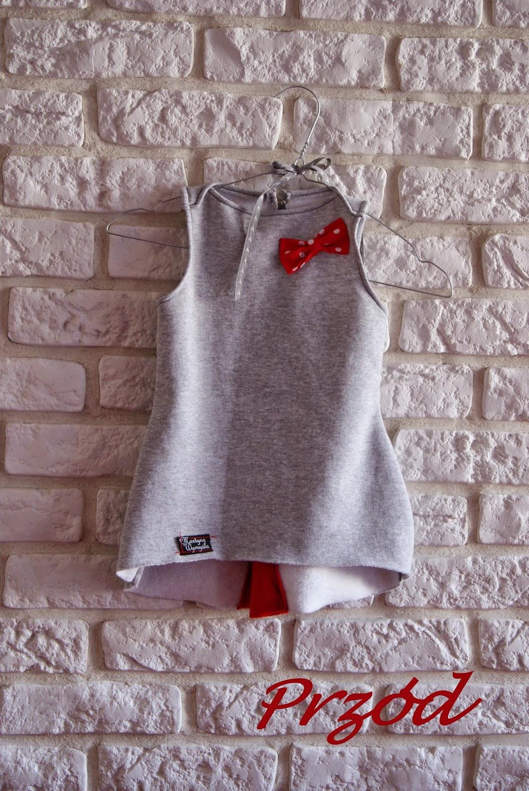 szara sukienka dresowa dziecięca