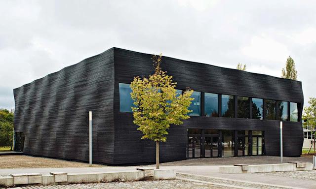 04-Lecture-Hall-by-Deubzer-König-Rimmel-Architekten