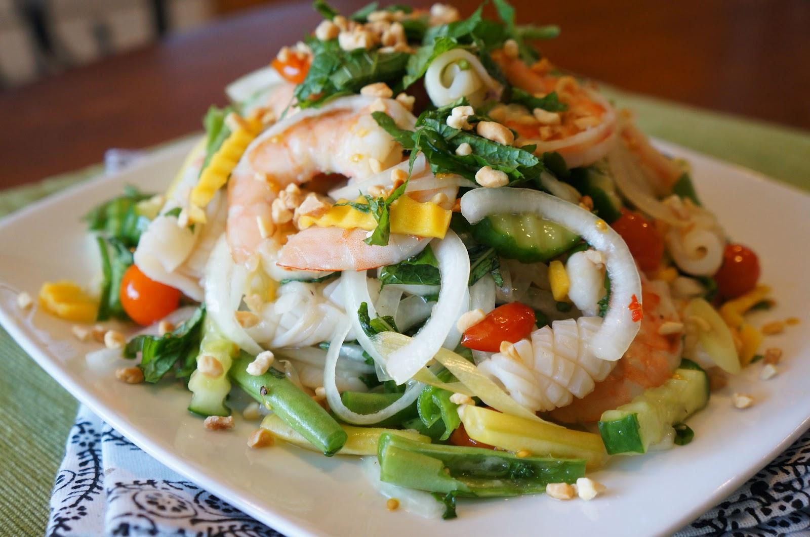 Салат с креветками и сметаной рецепт
