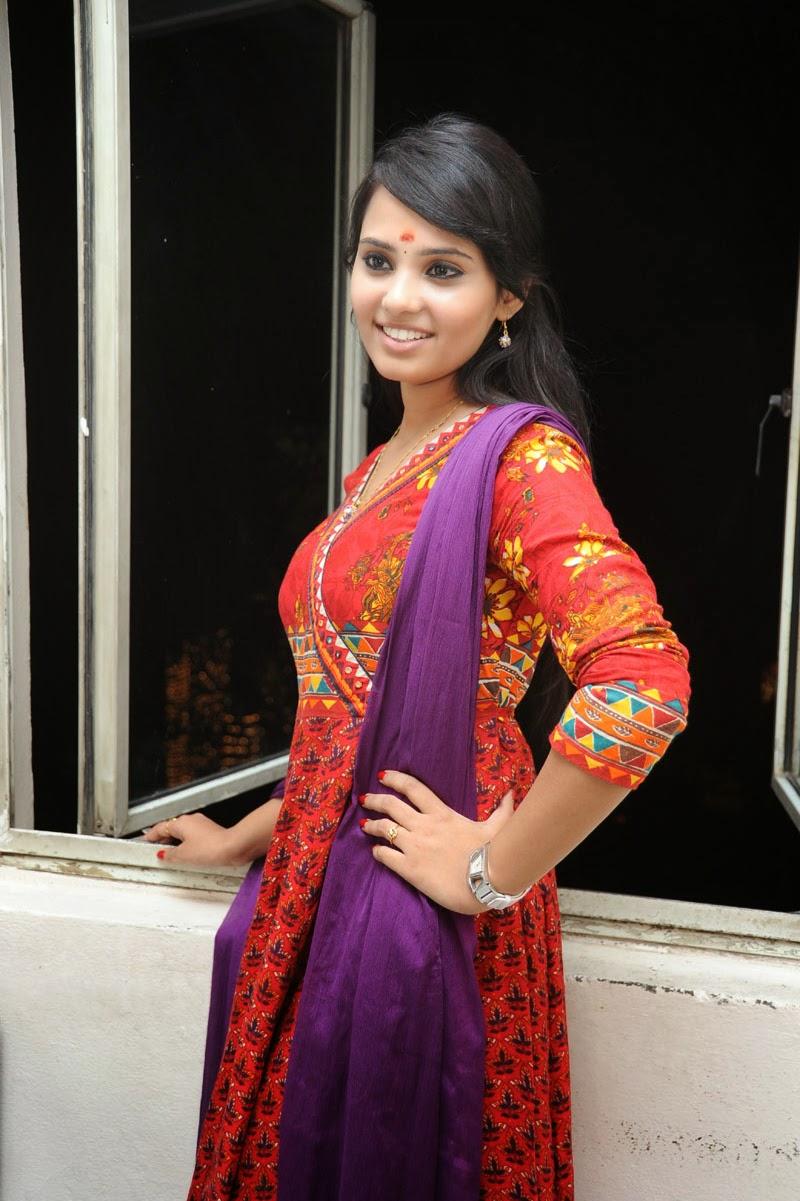 Aarushi Latest Glam Photo shoot-HQ-Photo-3