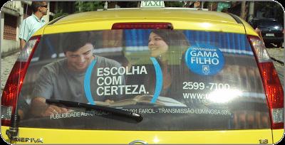 Universidade Gama Filho investe na midia taxidoor