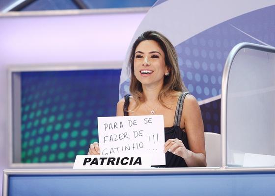 ... se controlar, não poupou nem a filha do patrão, Patrícia Abravanel