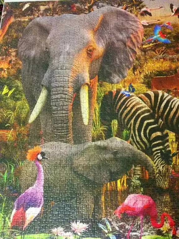 Ravensburger African Animals 3000 piece jigsaw puzzle close-up 1