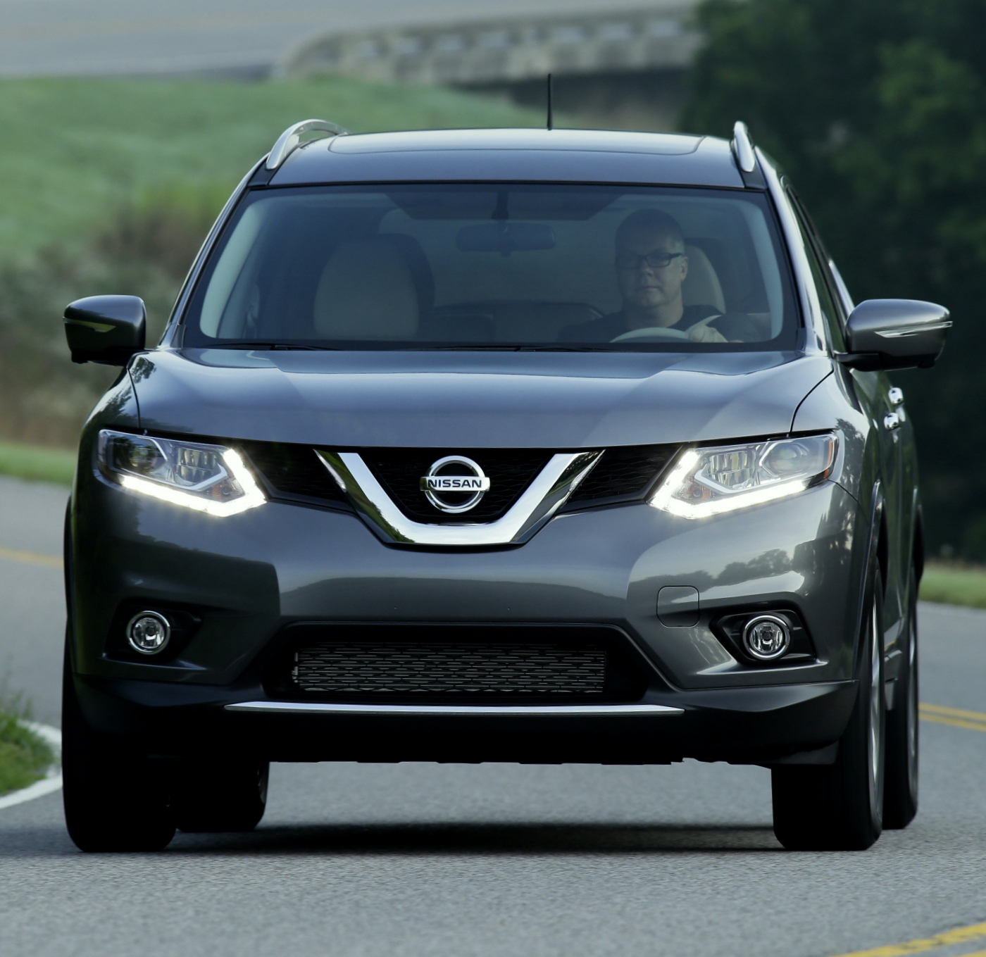 quick look all new 2014 nissan rogue w video. Black Bedroom Furniture Sets. Home Design Ideas