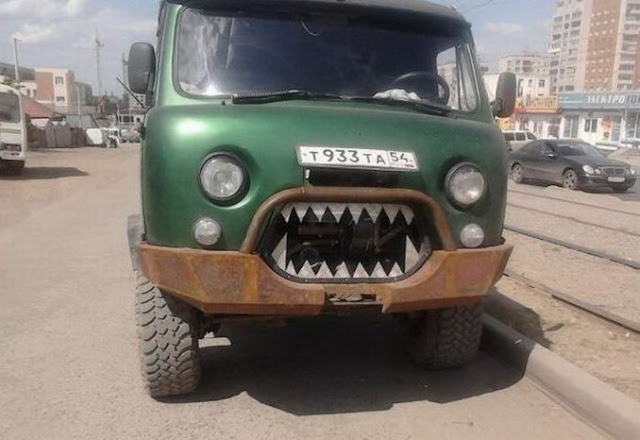 photo angry car!