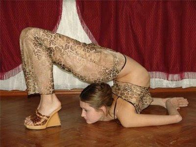 gadis seksi elastis