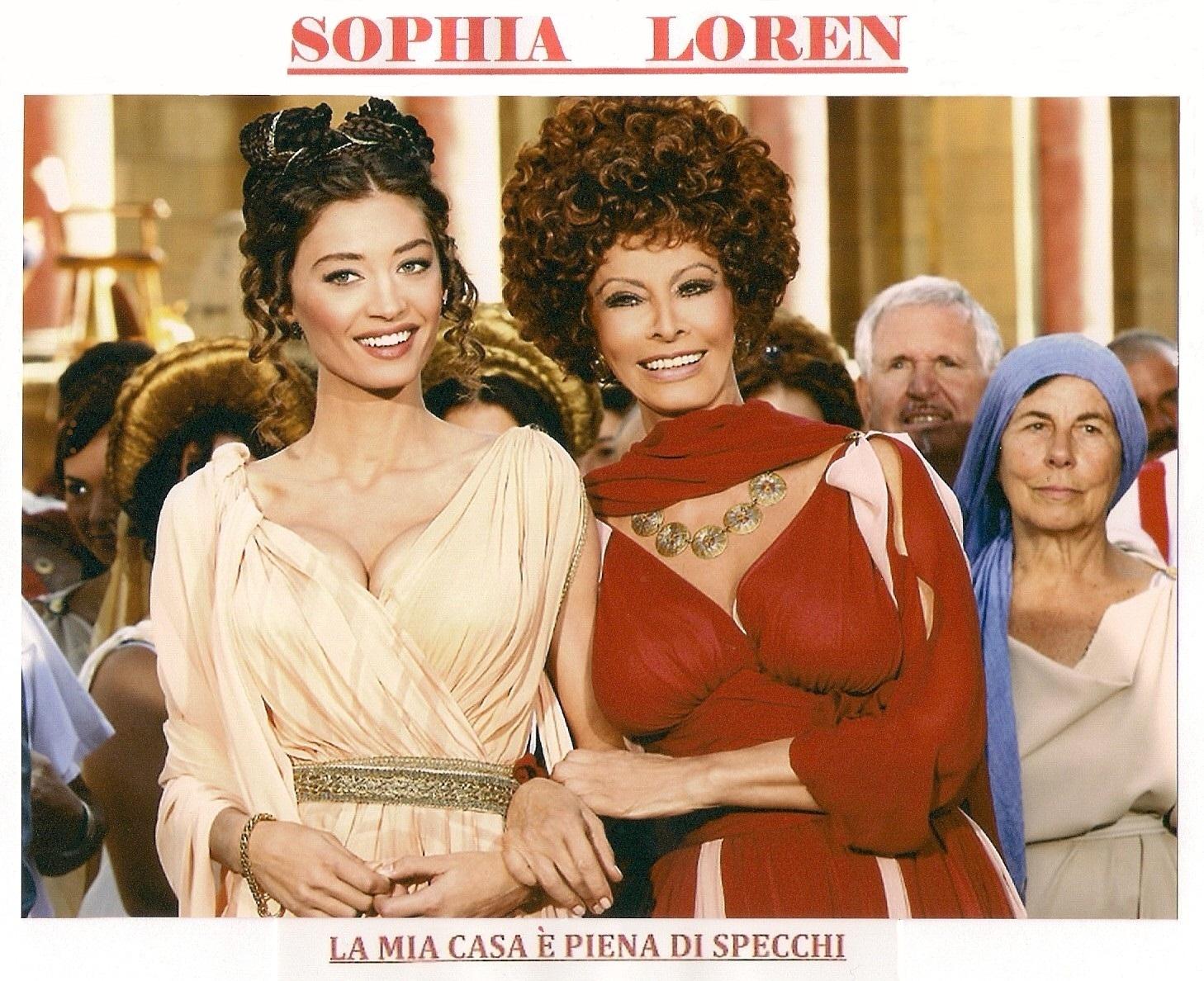 Posters y carteles cine de sophia loren - La mia casa e piena di specchi ...