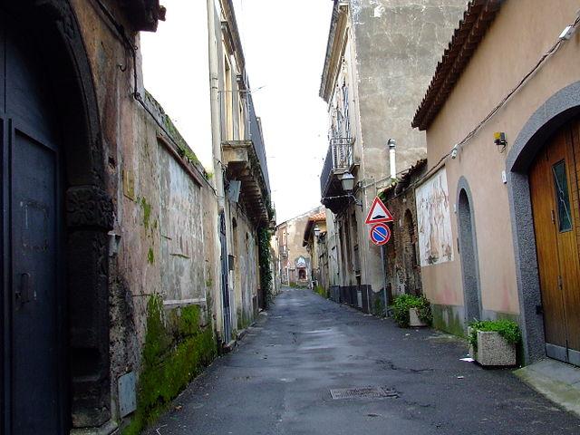 Mascalucia - Via Santa Lucia