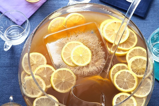 WSJ-Fish-House-Punch_Romulo-Yanes.jpg