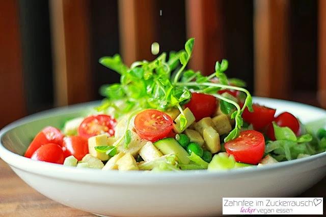 http://zahnfee-im-zuckerrausch.blogspot.de/2014/01/frischer-salat-tofu.html